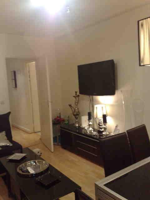 echange appartement paris france ref 3867. Black Bedroom Furniture Sets. Home Design Ideas