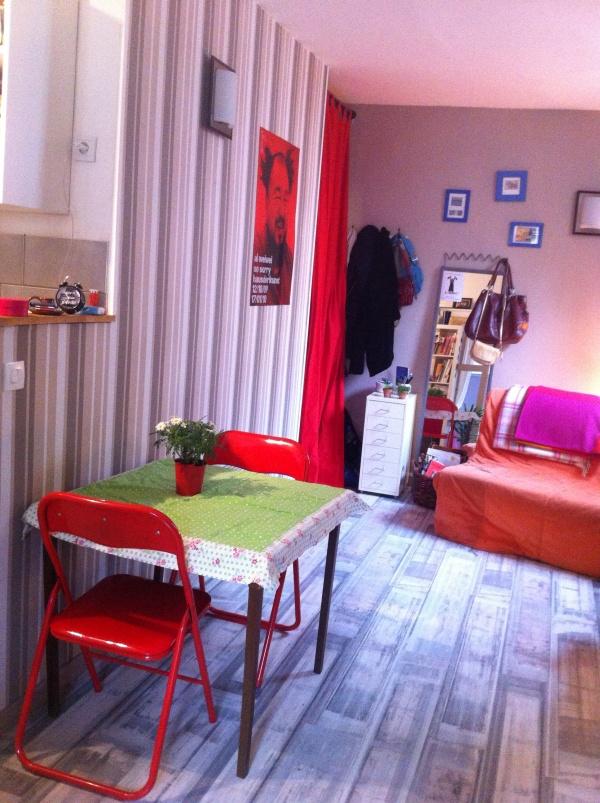 echange appartement paris france ref 7425. Black Bedroom Furniture Sets. Home Design Ideas